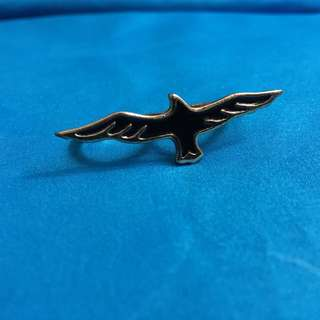 Double finger black eagle gold rings