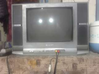 Tv sharp 17 in