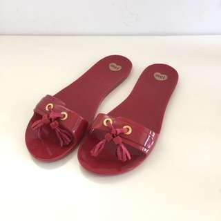 🚚 Melissa 香香鞋 巴西尺寸37(Mel 浪漫穗飾平底拖鞋-酒紅色)