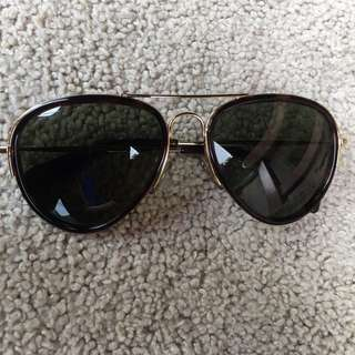 CÉLINE Hamptons Aviator Sunglasses