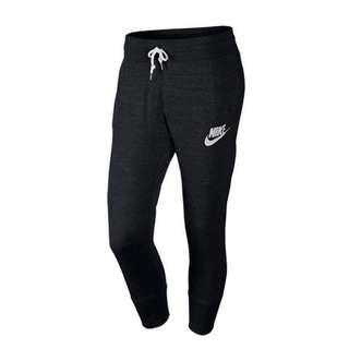 Nike 女士運動七分褲