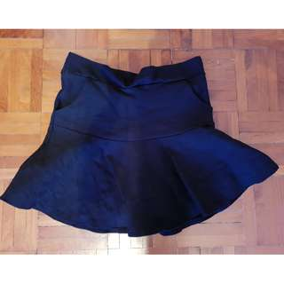 Preloved Mini Skirt black