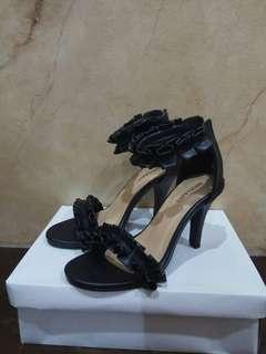 Sepatu Heels Wanita Model Terbaru Kekininan / Sepatu Pesta