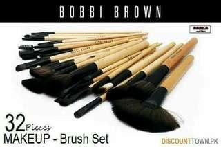 BOBBI BROWN 32PCS BRUSH SET