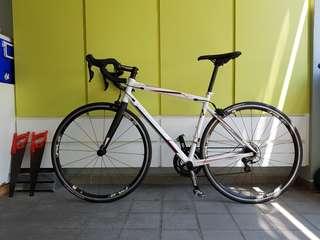 Orbea Avant H30 Road Bike