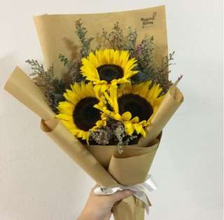 Rustic Sunflower Bouquet with Caspia / Graduation Bouquets