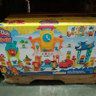 Play-Doh Town Center by Hasbro