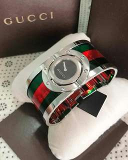 Gucci Bangle Watch YA112417