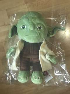 BNWT Star Wars Yoda (1feet soft toy)