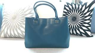 Agnes b well maintained blue tote bag 手袋