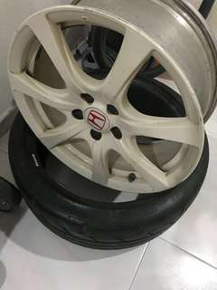 One piece of FD2R rim