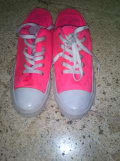 Sepatu converse all star premium pink
