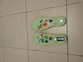 Handmade leather flip-flops