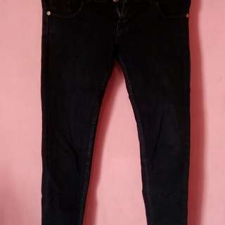 Jeans Hitam Uk 28