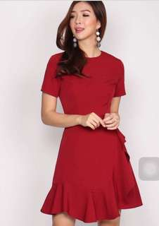 TDC Alice Frill Sleeve Dress In Wine Red