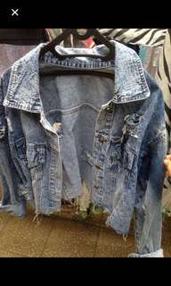 Ripped jacket jeans