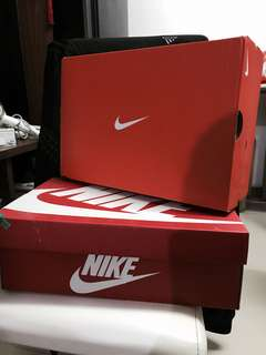 Nike 鞋盒$20/2個