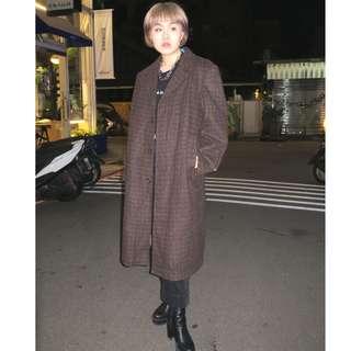 「咖啡色 毛料 格子 格紋 古著 外套 大衣 @一中 舊到過去 肩: 47cm 長: 108cm」