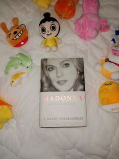 Madonna An intimate biography. ♡♡