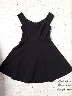 Black off shoulder dinner dress