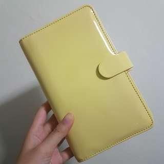 Filofax Compact Patent Lemon Planner