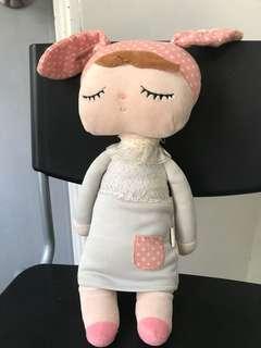 MeToo Sweet Girl doll