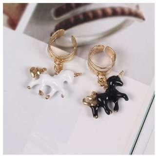 【現貨】黑白立體獨角獸耳骨耳夾 夾式耳環