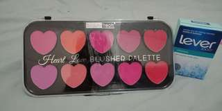 10 pallets of blush on in different color
