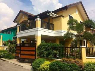 Pre-owned House and Lot For Sale (West Fairview, Dahlia)