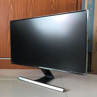 "Samsung 27"" LED LCD Monitor *99% New : S27D590P"