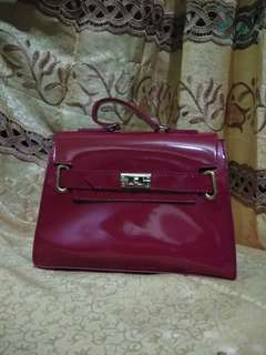 #CarousellCintaBumi Sling bag Maroon (NEW)