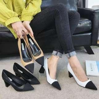 🚚 預購®️2018歐美時尚雙色尖頭高跟鞋絨面皮革粗跟鞋包頭鞋女鞋 拼接 光滑皮革材質