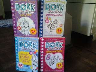 Dork Diaries Book Bundle!