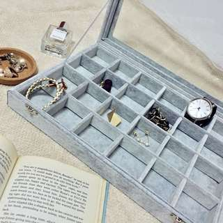 🚚 「🙋🏻 現貨‼️現貨‼️」大號 冰花絨 首飾盒 飾品盒 展示盒 耳環戒指 收納