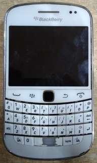 Blackberry Bold 9900 Dakota - cek deskripsi