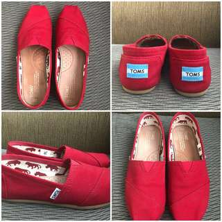 Red Classic Toms Canvas