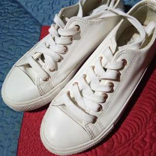 Keds White Leather Shoes (Class A)