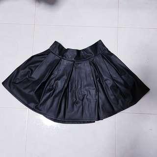 Black skaters skirt