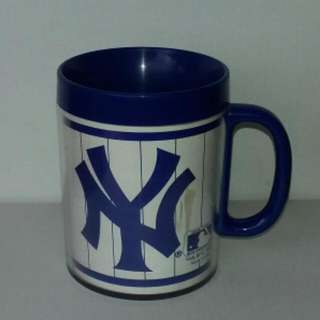 Vintage 1986 New York Yankees Collectible Plastic Coffee Mug