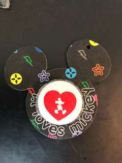 Disney Mickey Mouse pin 米奇扣針