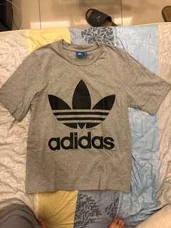 Adidas original 落肩T