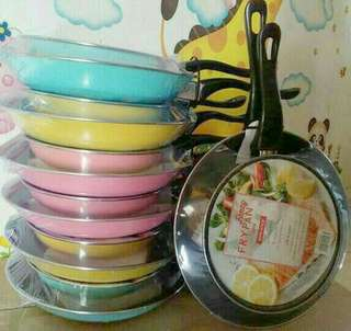 Fancy frypan maspion set isi 2