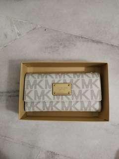 🆕 Michael Kors Wallet