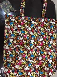🚚 APE 購物袋Sanrio characters x milo all safari