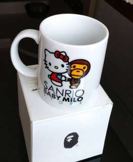 🚚 APE 馬克杯 KITTY x MILO MUG CUP