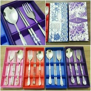 Set sendok sumpit cocok untuk sovenir