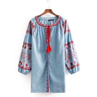 Loose fitting European and American women's fashion denim embroidery dress