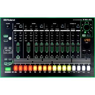 ★★ Roland TR-8 Rhythm Performer ★★ 英國直送  1年保養