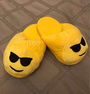 Emoji soft plush full cover slippers