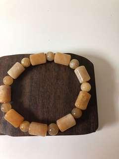 珊瑚玉手串